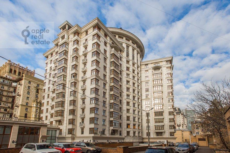 Фото дома 4-комнатной квартиры по адресу Новопесковский Малый пер. 8
