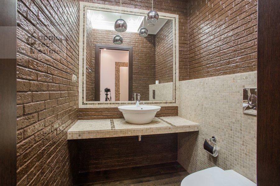 Санузел в 4-комнатной квартире по адресу Новопесковский Малый пер. 8