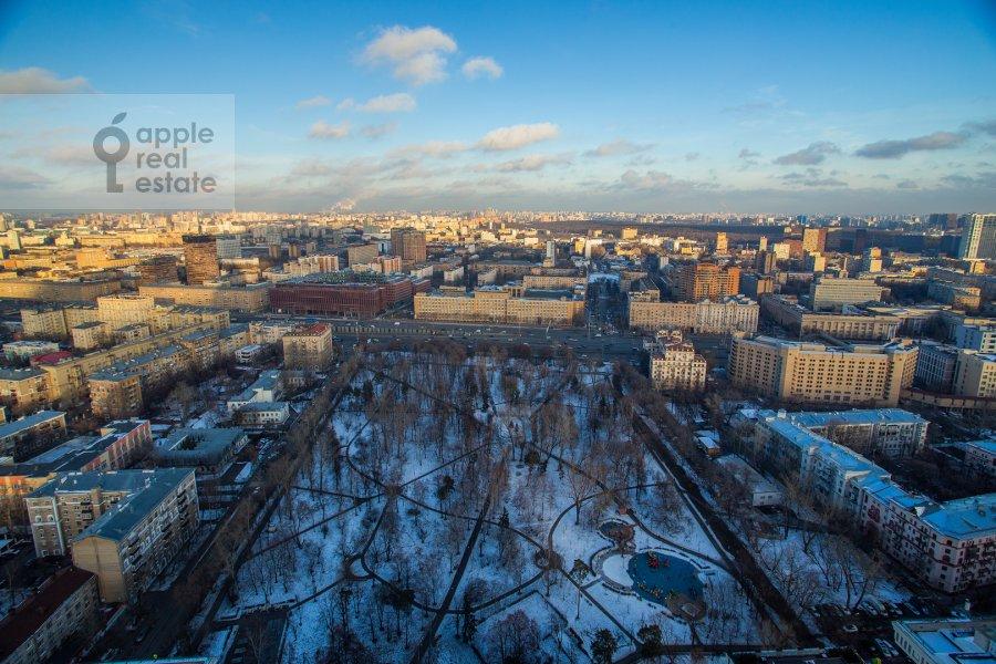 Вид из окна в 4-комнатной квартире по адресу Чапаевский пер. 3