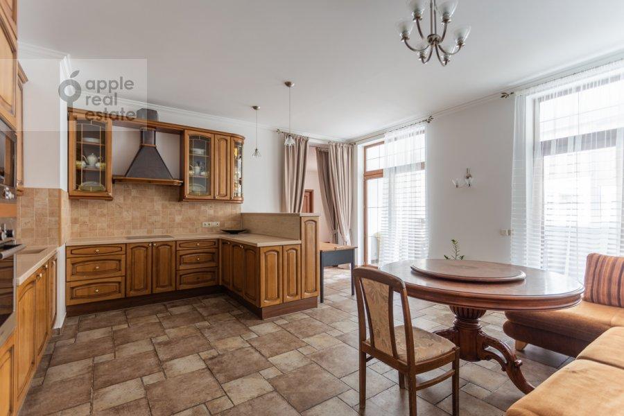 Кухня в 4-комнатной квартире по адресу Шаболовка ул. 23к5