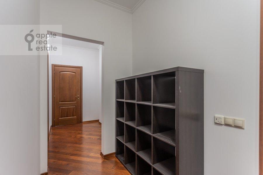 Коридор в 4-комнатной квартире по адресу Шаболовка ул. 23к5