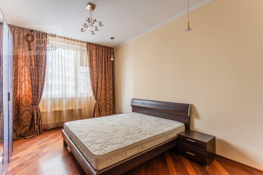 Спальня в 4-комнатной квартире по адресу Шаболовка ул. 23к5