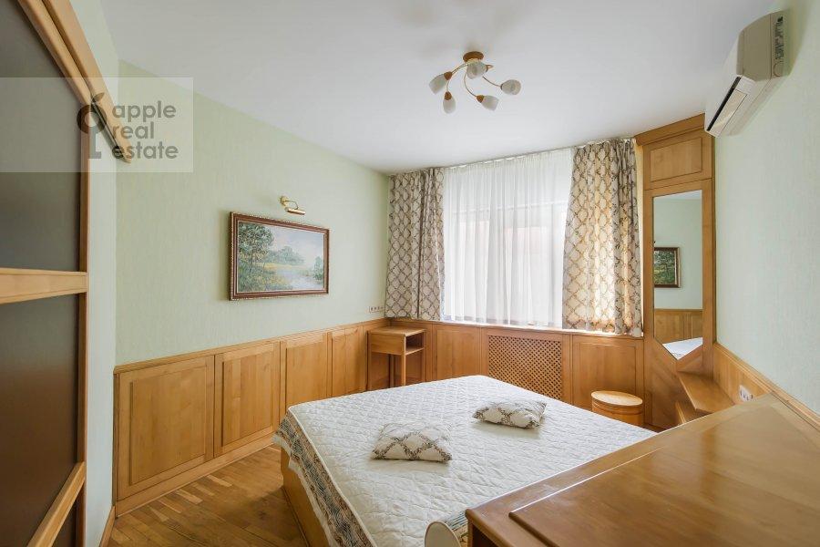 Спальня в 3-комнатной квартире по адресу Ленинский  пр-т. 137к1