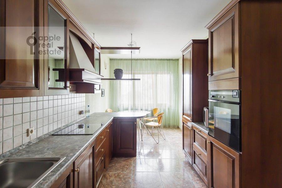 Kitchen of the 3-room apartment at Leninskiy  pr-t. 137k1