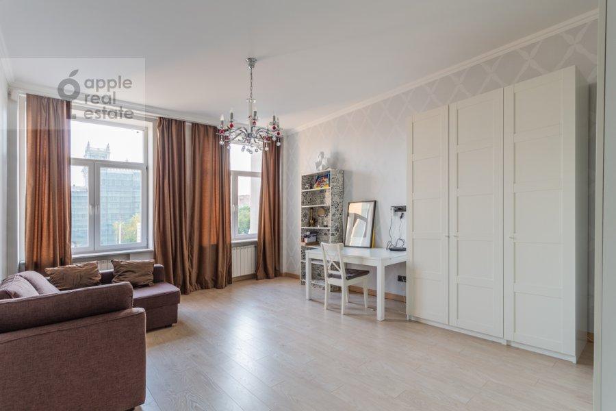 Children's room / Cabinet of the 3-room apartment at Leningradskiy prosp. 2