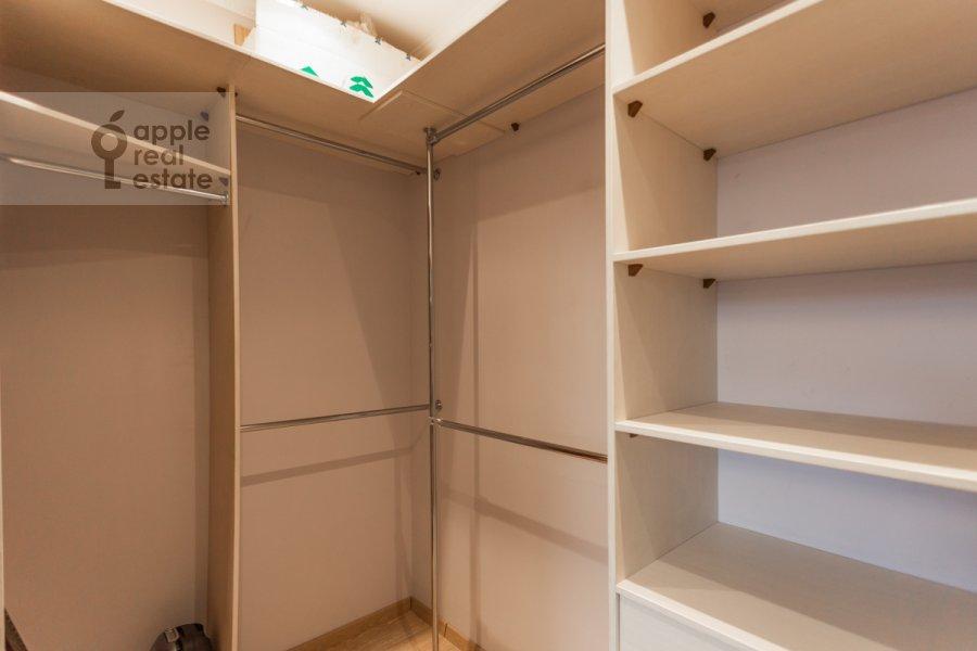 Walk-in closet / Laundry room / Storage room of the 3-room apartment at Leningradskiy prosp. 2