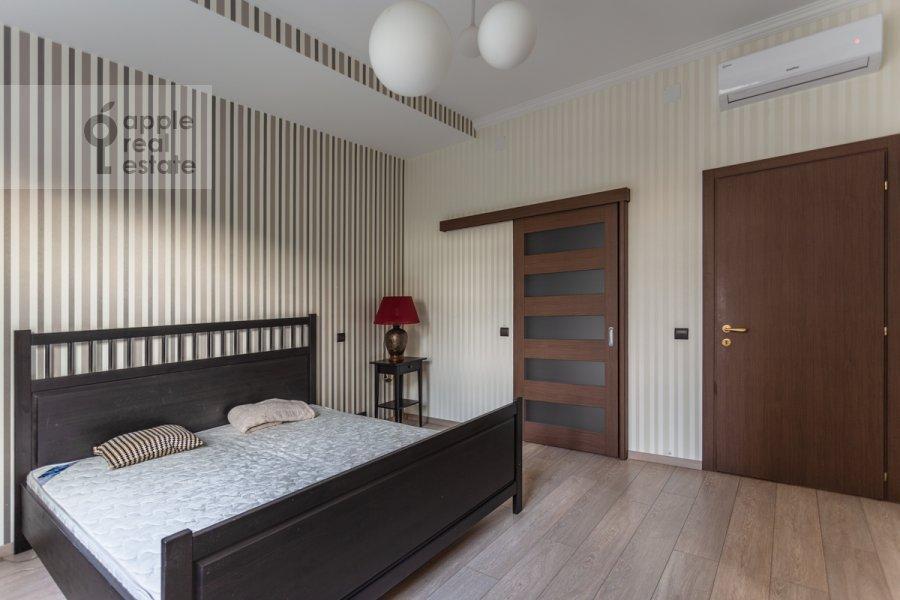 Bedroom of the 3-room apartment at Leningradskiy prosp. 2