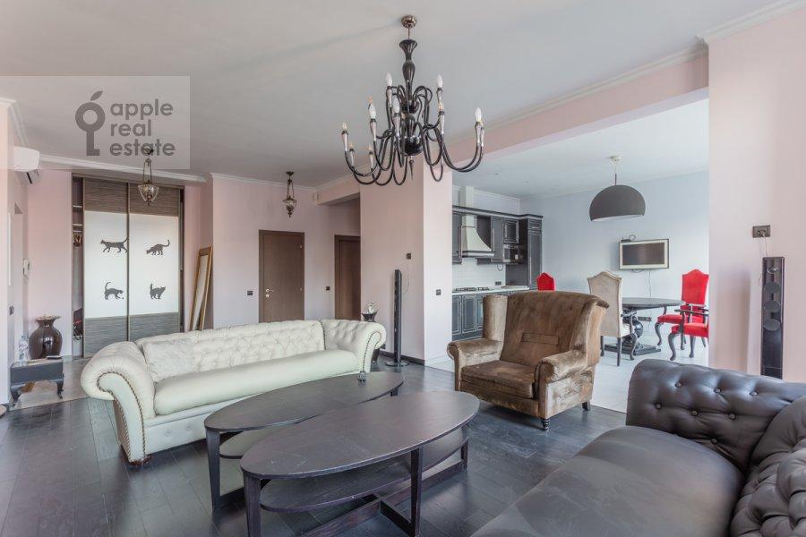 Living room of the 3-room apartment at Leningradskiy prosp. 2