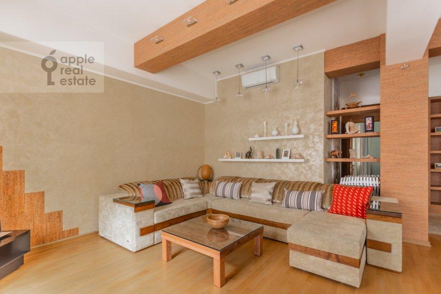 Living room of the 3-room apartment at Tverskaya-Yamskaya 1-ya ul. 11