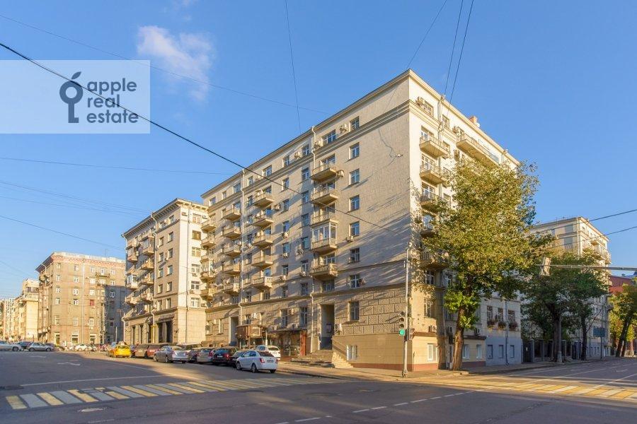Photo of the house of the 3-room apartment at Tverskaya-Yamskaya 1-ya ul. 11