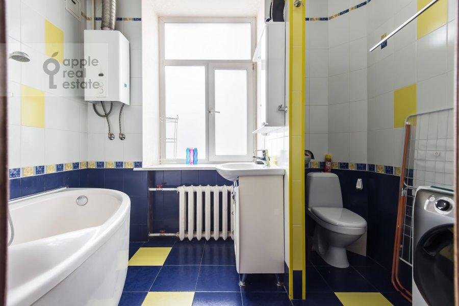 Санузел в 3-комнатной квартире по адресу Ленинградский пр-т. 26к1