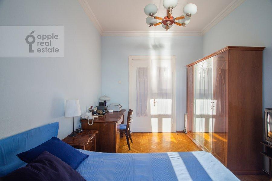 Спальня в 3-комнатной квартире по адресу Газетный пер. 13