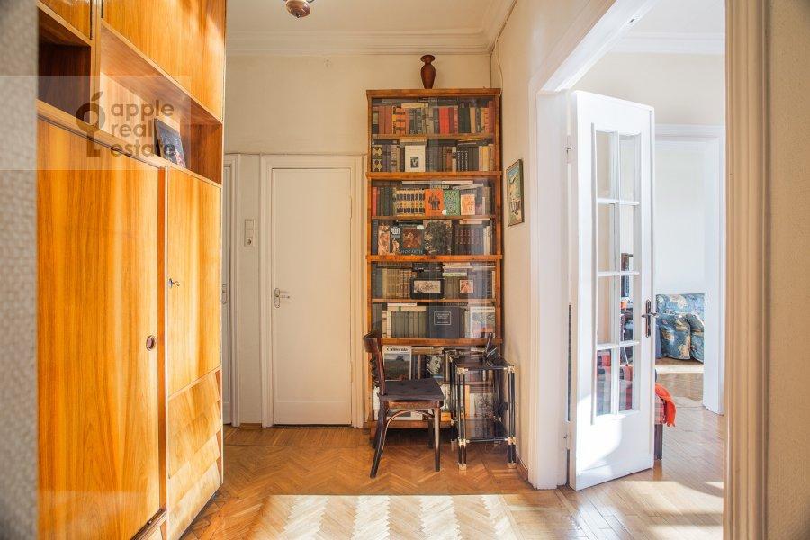 Коридор в 3-комнатной квартире по адресу Газетный пер. 13