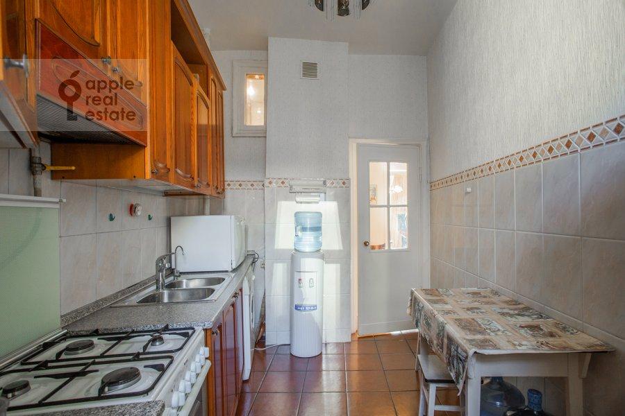 Кухня в 3-комнатной квартире по адресу Газетный пер. 13
