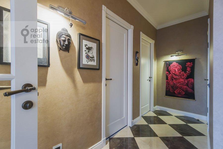 Коридор в 3-комнатной квартире по адресу Новый 2-й пер. 4