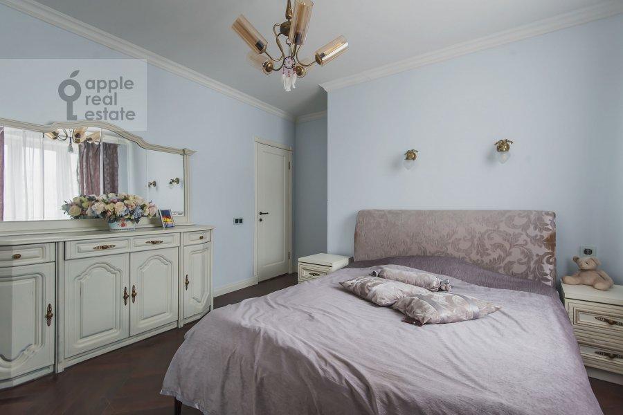 Спальня в 3-комнатной квартире по адресу Новый 2-й пер. 4