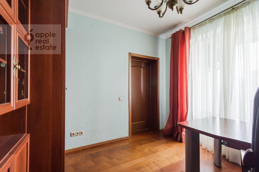 Детская комната / Кабинет в 4-комнатной квартире по адресу ЖК Корона пр Вернадского 92