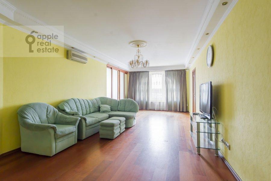 Гостиная в 4-комнатной квартире по адресу ЖК Корона пр Вернадского 92