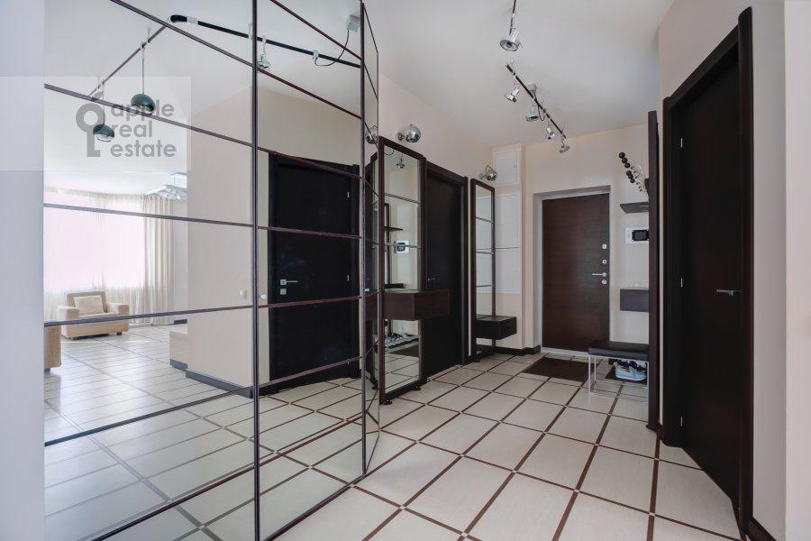 Corridor of the 4-room apartment at Daev per. 8