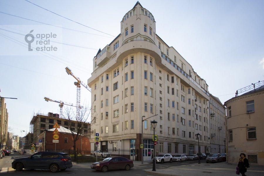 4-room apartment at Daev per. 8