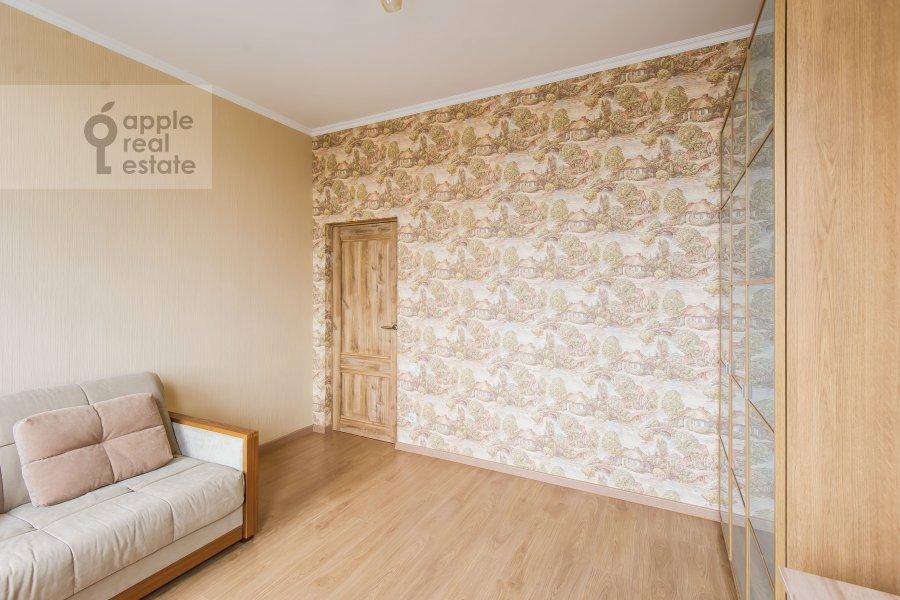 Детская комната / Кабинет в 3-комнатной квартире по адресу Клары Цеткин 18бк1