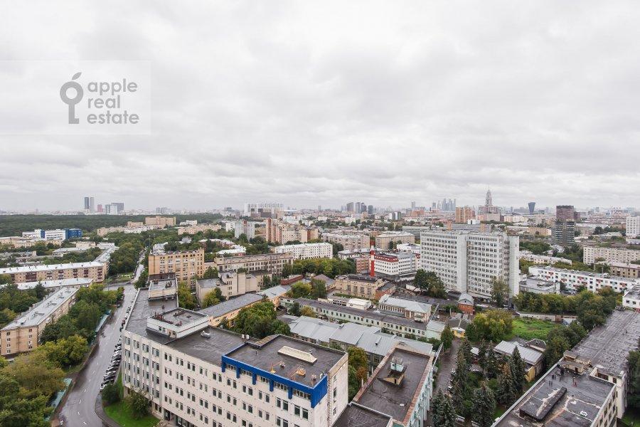 Вид из окна в 3-комнатной квартире по адресу Клары Цеткин 18бк1