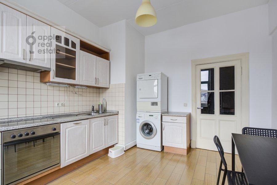 Kitchen of the 4-room apartment at Tverskaya ul. 8k2