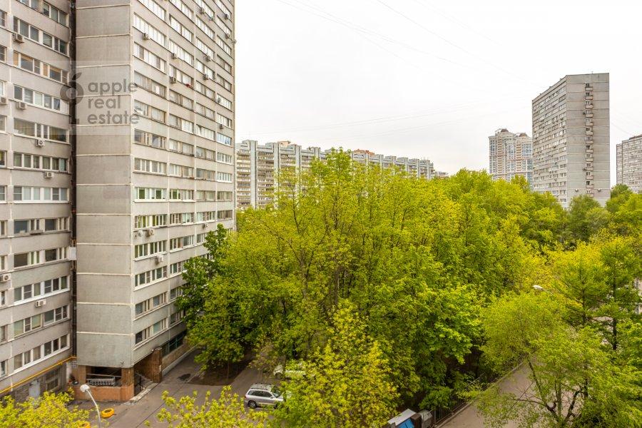 Вид из окна в 4-комнатной квартире по адресу Ленинский просп. 92к1