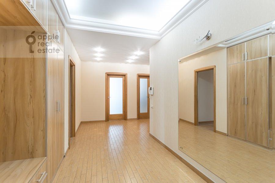 Коридор в 4-комнатной квартире по адресу Ленинский просп. 92к1