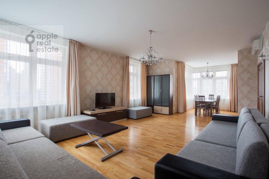 Гостиная в 5-комнатной квартире по адресу Ленинский просп. 114