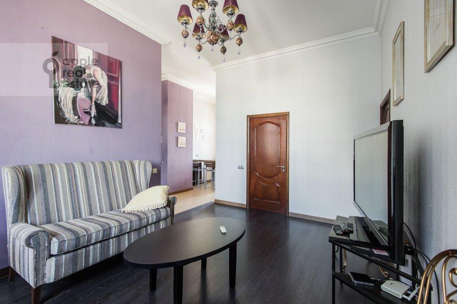 Living room of the 3-room apartment at Serafimovicha 2