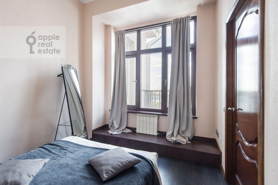 Bedroom of the 3-room apartment at Serafimovicha 2