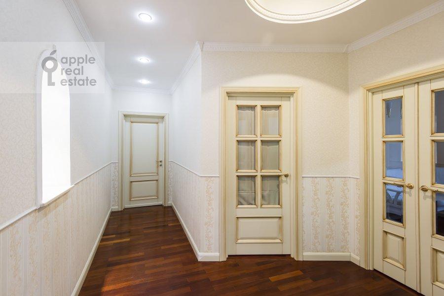 Коридор в 2-комнатной квартире по адресу Ленинский пр-т. 37