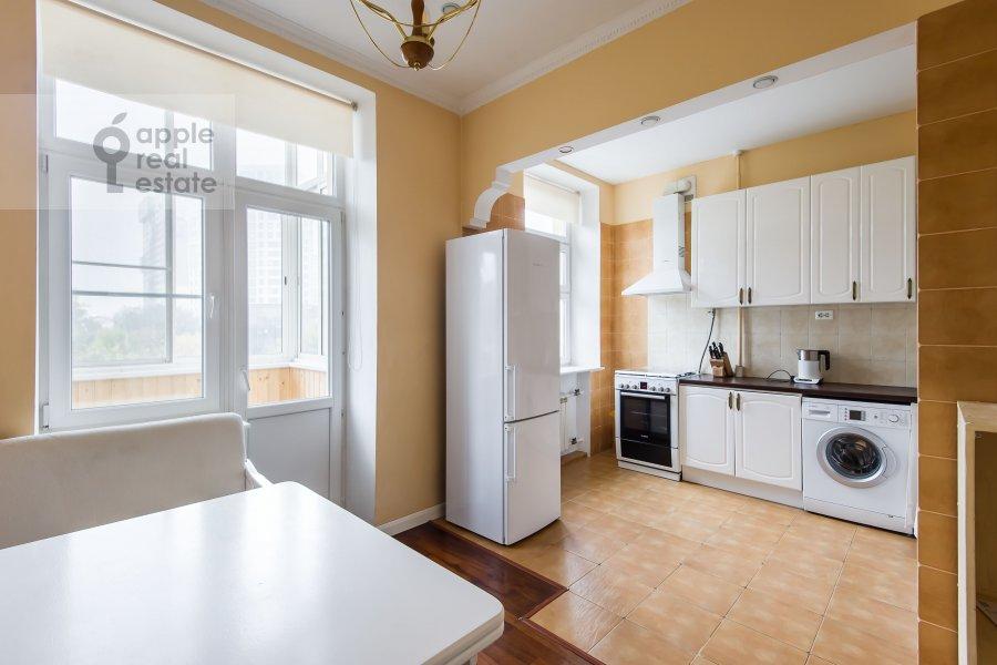 Кухня в 2-комнатной квартире по адресу Ленинский пр-т. 37