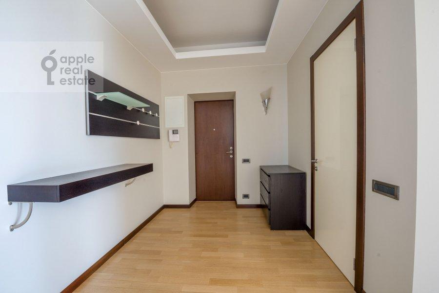 Corridor of the 3-room apartment at Molodogvardeyskaya ulitsa 2k3