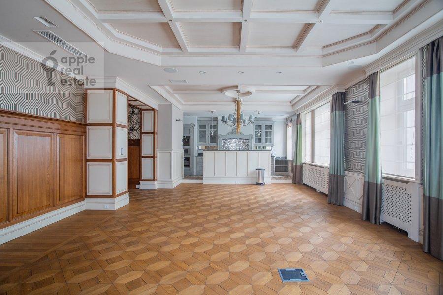 Гостиная в 3-комнатной квартире по адресу Сеченовский пер. 3
