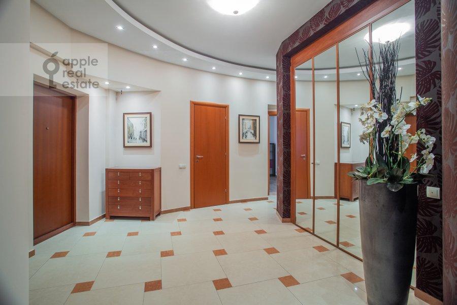 Corridor of the 4-room apartment at Leninskiy prosp. 98k1