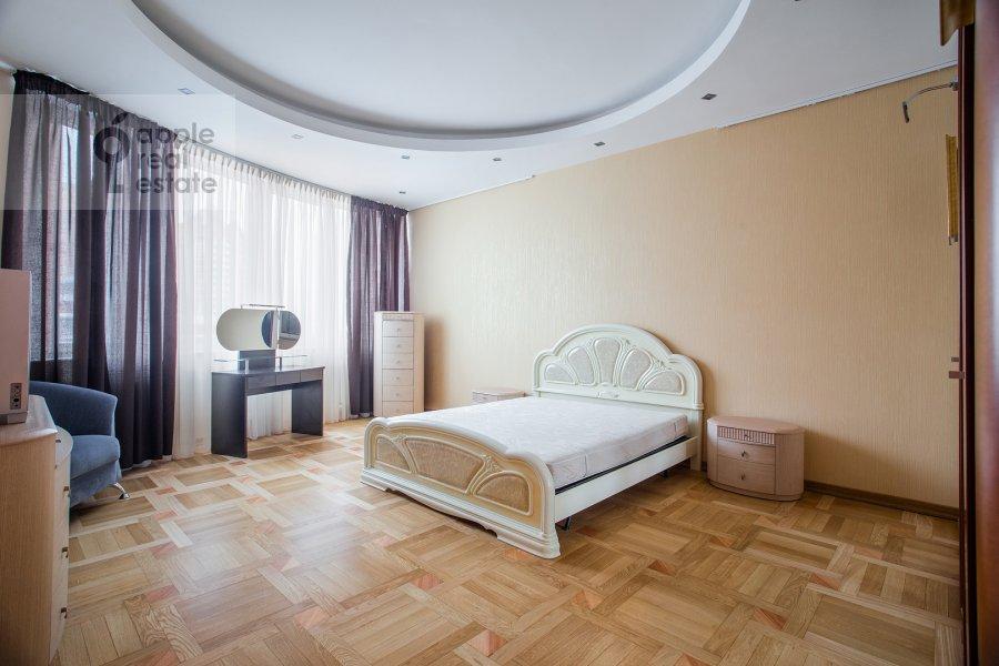 Bedroom of the 4-room apartment at Leninskiy prosp. 98k1