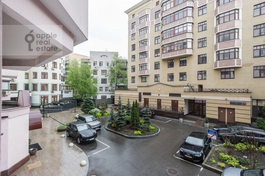 Вид из окна в 3-комнатной квартире по адресу Тверская-Ямская 2-я ул. 26