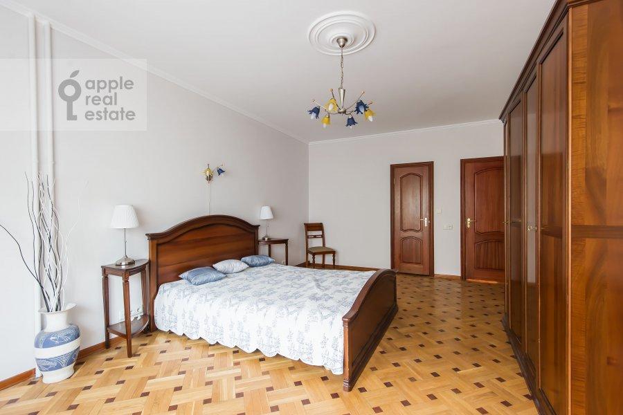 Спальня в 3-комнатной квартире по адресу Тверская-Ямская 2-я ул. 26