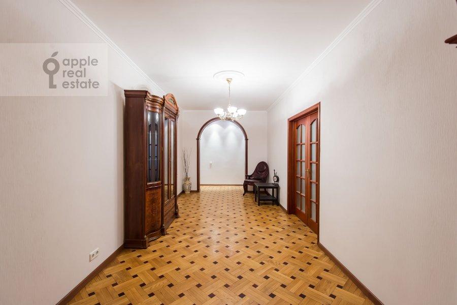 Коридор в 3-комнатной квартире по адресу Тверская-Ямская 2-я ул. 26