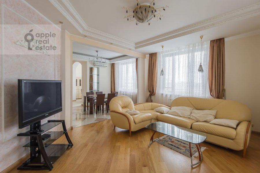 Гостиная в 3-комнатной квартире по адресу Шаболовка 23к4