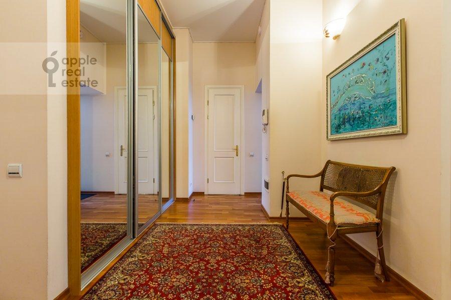 Corridor of the 5-room apartment at Sechenovskiy pereulok 7
