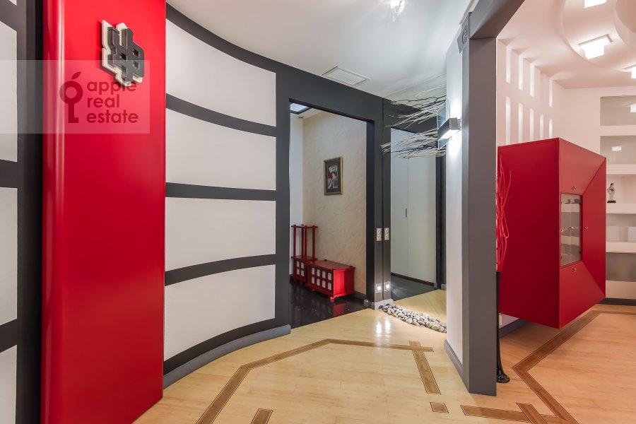 Коридор в 3-комнатной квартире по адресу 1-й Смоленский переулок 17