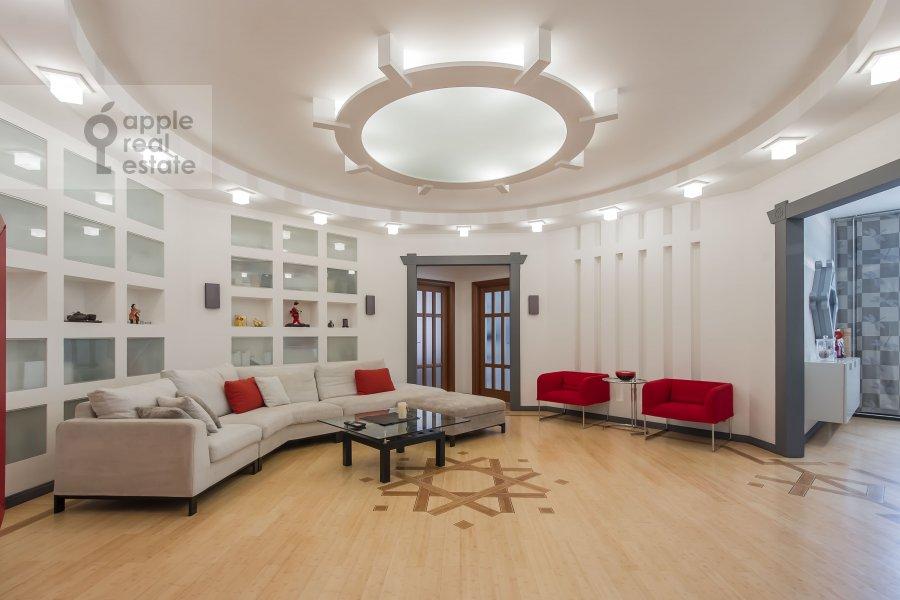 Гостиная в 3-комнатной квартире по адресу 1-й Смоленский переулок 17