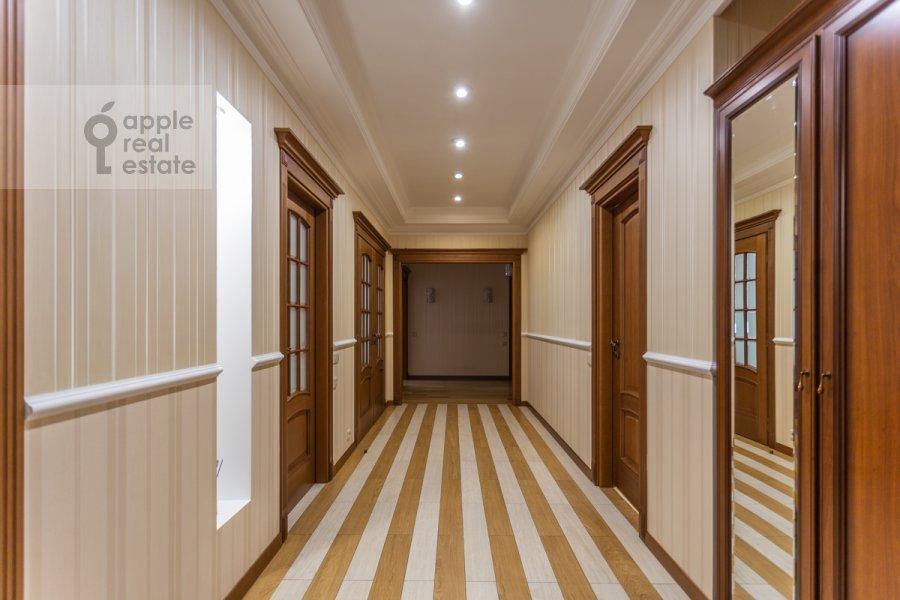 Corridor of the 4-room apartment at 3-ya Tverskaya-Yamskaya ulitsa 25