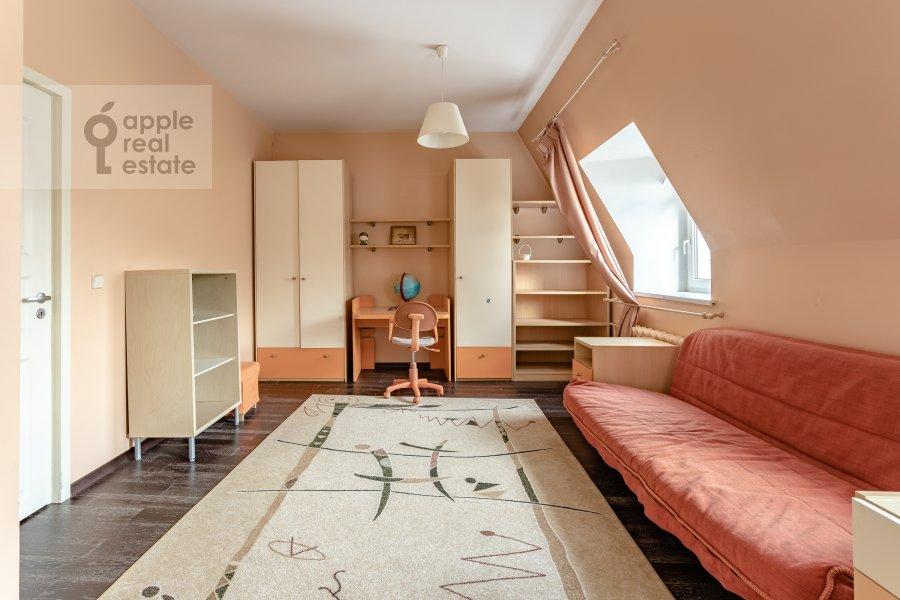 Детская комната / Кабинет в 3-комнатной квартире по адресу Пятницкая ул. 62с7