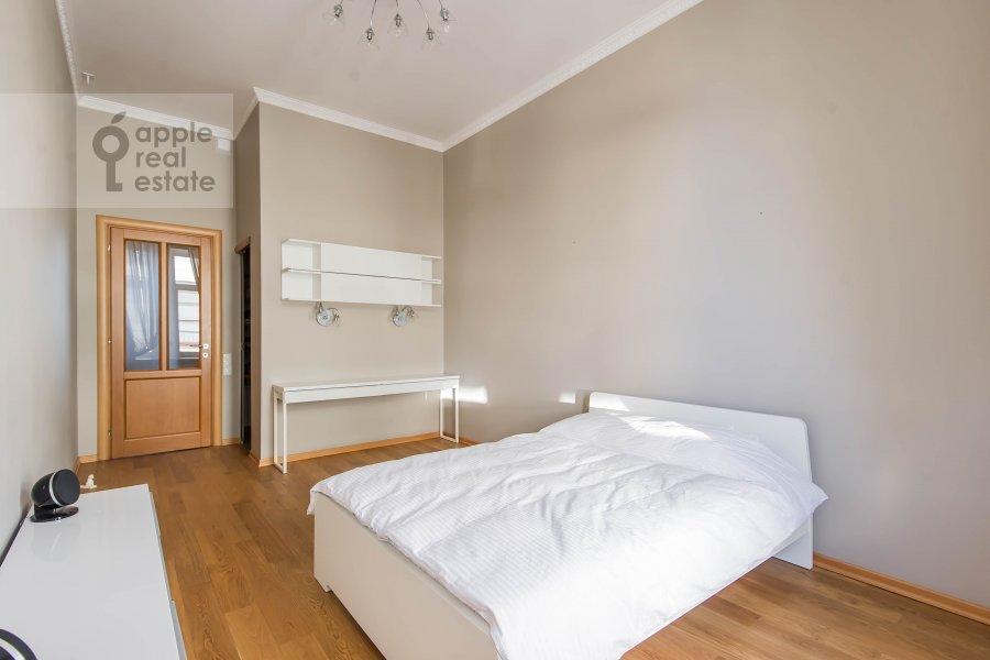 Спальня в 5-комнатной квартире по адресу Скатертный переулок 15