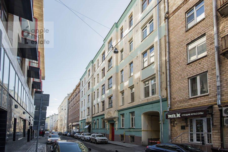 Фото дома 5-комнатной квартиры по адресу Скатертный переулок 15