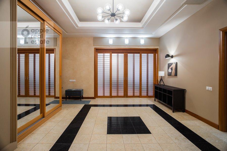 Corridor of the 4-room apartment at Trubnikovskiy per. 30s1